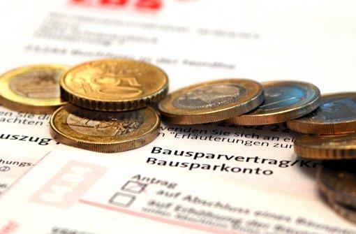 Eigenheimbesitzer, deren Darlehen nach 2005 ausgezahlt wurde und die eine Gebühr bezahlt haben, könnten sich das Geld und die Zinsen von ihrer Bank wieder zurückholen. Foto: Jens Schierenbeck