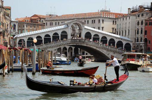 Deutsche Touristen kochen Kaffee in Venedig - fast 1000 Euro Strafe
