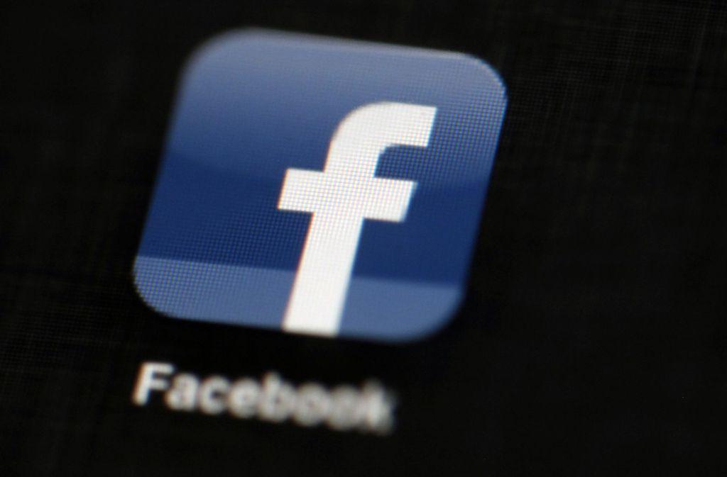 kampf gegen fake news facebook will h rter durchgreifen wissen stuttgarter nachrichten. Black Bedroom Furniture Sets. Home Design Ideas