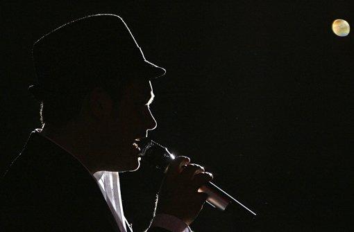 Sein künstlerisches Merkmal war die Verbindung von Soul, Jazz und Pop – der Hut aber wurde das Markenzeichen von Roger Cicero. Foto: dpa