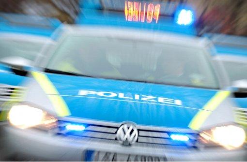 Lkw-Fahrer hinterlässt Spur der Verwüstung