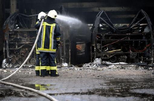 Gro Alarm F R Feuerwehr Wohnhaus Explodiert Feuer In