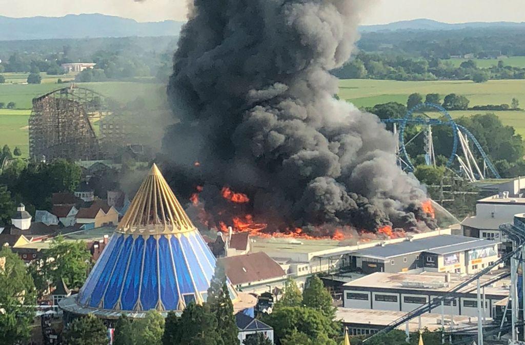 Nach Dem Brand In Rust Wiederaufbau Im Europa Park Kostet Millionen