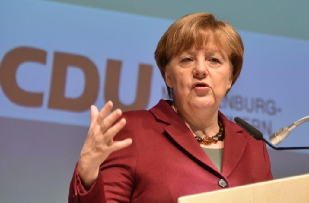 Nachrichten Merkel Flüchtlinge