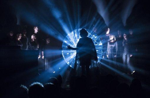 Sängerin Dillon eröffnet Festival melancholisch