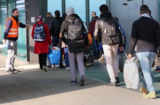 Viele Asyl-Anträge liegen noch auf Halde Foto: dpa-Zentralbild