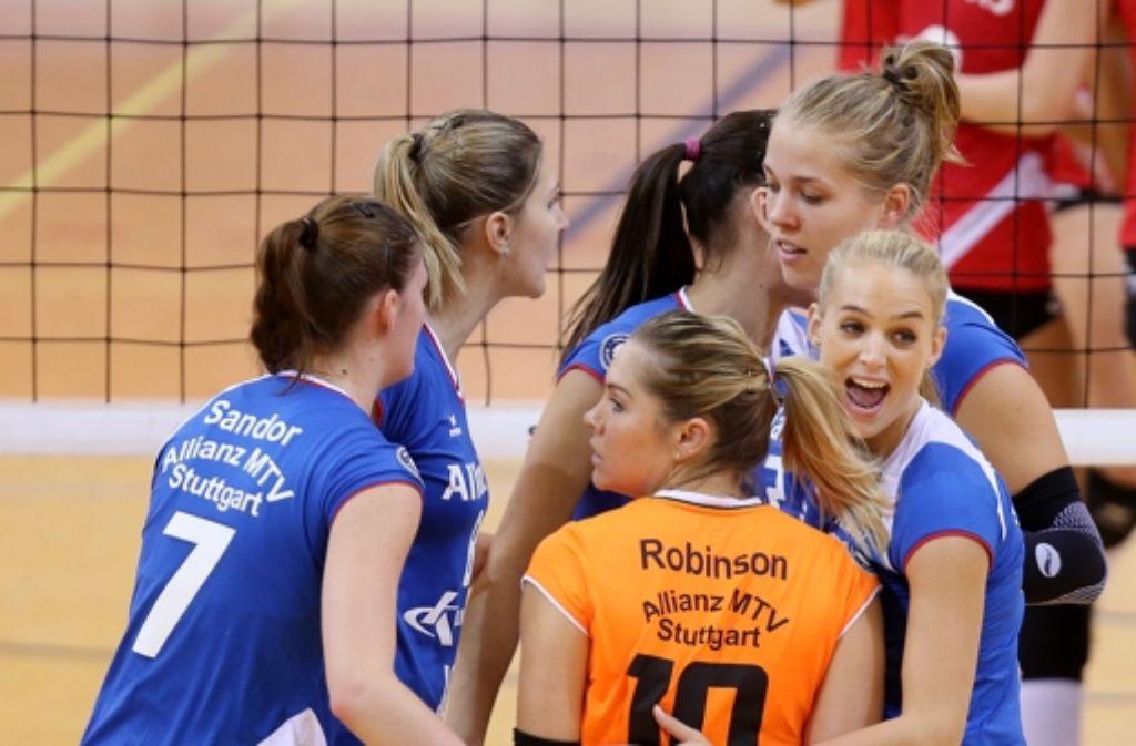 Damen volleyball bundesliga keine geschenke f r allianz mtv zum auftakt sportmix - Volleyball geschenke ...