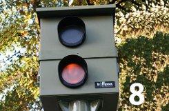 bPlatz 8:/b 6333 Mal (bis einschließlich 30. September 2012) blitzte es an den drei stationären Blitzern zur Luftreinhaltung auf der bBundesstraße 10/b in bZuffenhausen/b stadteinwärts beziehungsweise in der Gegenrichtung auf der Bundesstraße 27 nach Ludwigsburg. Zum Vergleich: Im ganzen Jahr 2011 wurde es hier 10.118 Mal hell. a href=https://maps.google.de/maps?q=B10,+Zuffenhausen,+Stuttgart&hl=de&ll=48.83591,9.167233&spn=0.086664,0.154324&sll=48.828679,9.168434&sspn=0.086676,0.154324&oq=zuffenhausen+b10,+Stuttgart&t=h&hnear=B10&z=13&layer=c&cbll=48.835635,9.166675&panoid=yVa_cxNrwyS1iPafNVyTNA&cbp=12,209.53,,0,4.51 target=_blankDie blitzgefährliche Strecke bei Google Maps/a Foto: Leserfotograf haby/Bearbeitung: SIR