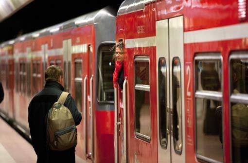 Fahrbahnstörung bremst Regionalzüge und S-Bahnen aus