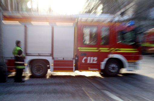 Geräteschuppen steht in Flammen
