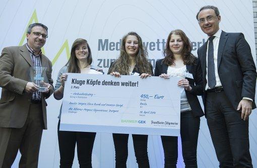 Schülerinnen  belegen zweiten Platz bei Medienpreis