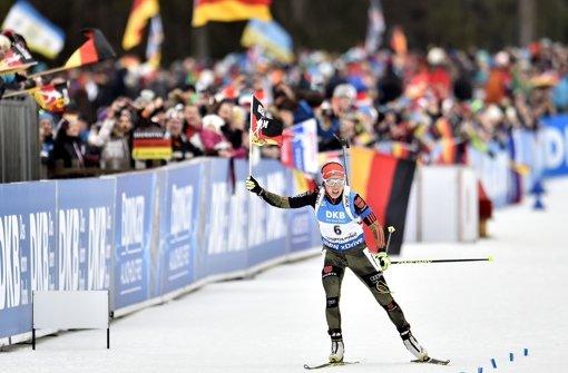 Strahlende Doppel-Siegerin von Ruhpolding: Laura Dahlmeier. Foto: Getty