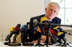 Fritz Kuhn stellt sich den Fragen der Journalisten am Tag nach seiner Wahl zum Oberbürgermeister von Stuttgart. Foto: dpa