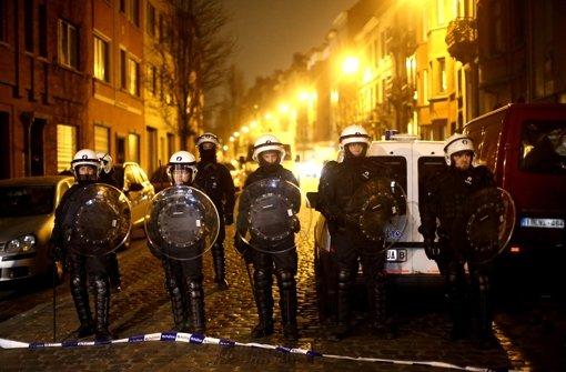 Nach der Festnahme von Salah Abdeslam in Brüssel haben Polizisten das Viertel abgeriegelt. Foto: Getty Images