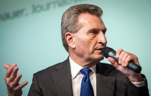 Oettinger verteidigt umstrittene EU-Regeln