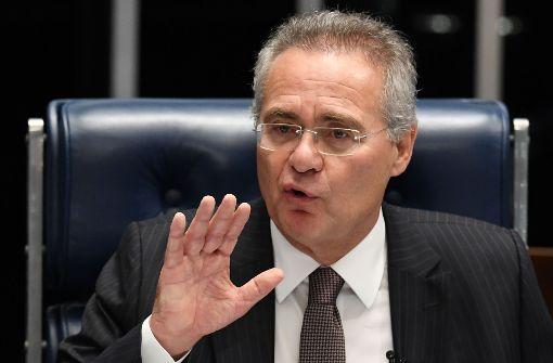 Calheiros vorläufig seines Amtes enthoben