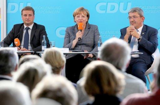 Merkel weist Zusammenhang mit Flüchtlingszuzug zurück