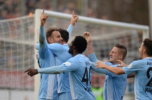 Stuttgarter Kickers gewinnen Abstiegsduell