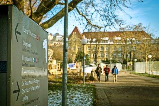 Das Königin-Katharina-Stift in der Innenstadt: Auf dem Schulweg durch den Schlossgarten herrscht Alarm. Foto: Lichtgut/Max Kovalenko