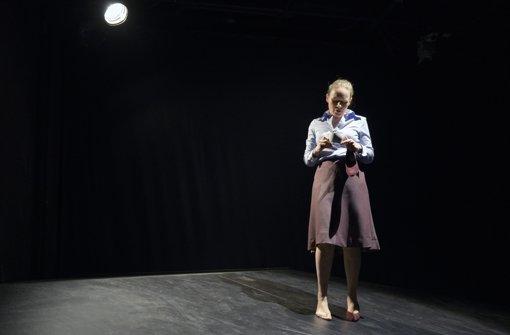 Anja Schneider als Lehrerin Inge Lohmark Foto: Bettina Stöß