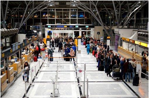 Mehr als 100 Flüge in Stuttgart gestrichen
