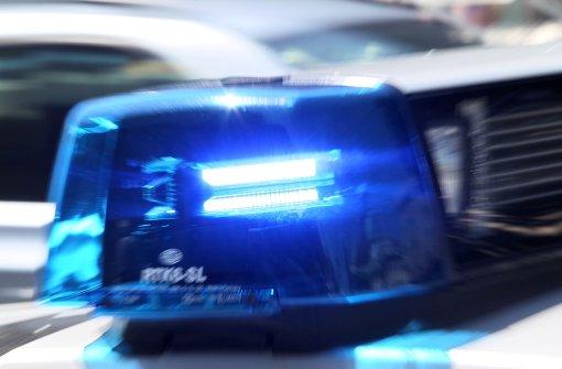Unbekannter verprügelt 41-Jährigen