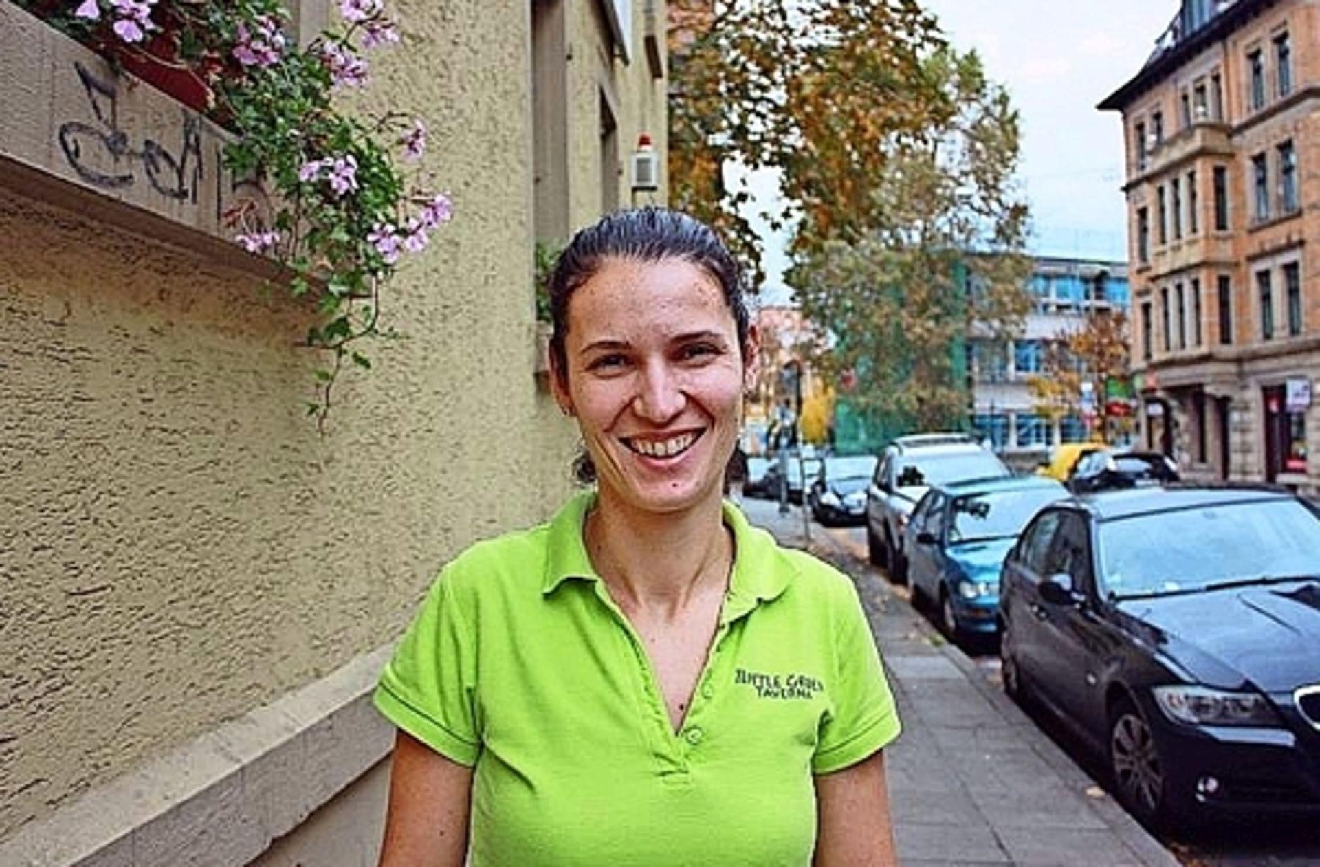 Griechin in Bad Cannstatt: Dialekte haben schlechtes Image