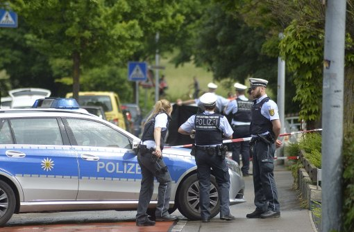 Polizisten erschießen bewaffneten Mann
