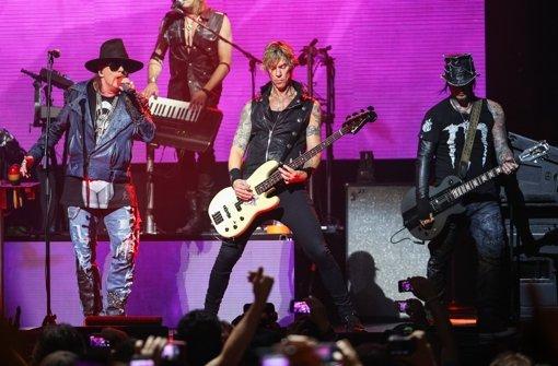 Guns N' Roses überraschen mit Konzert