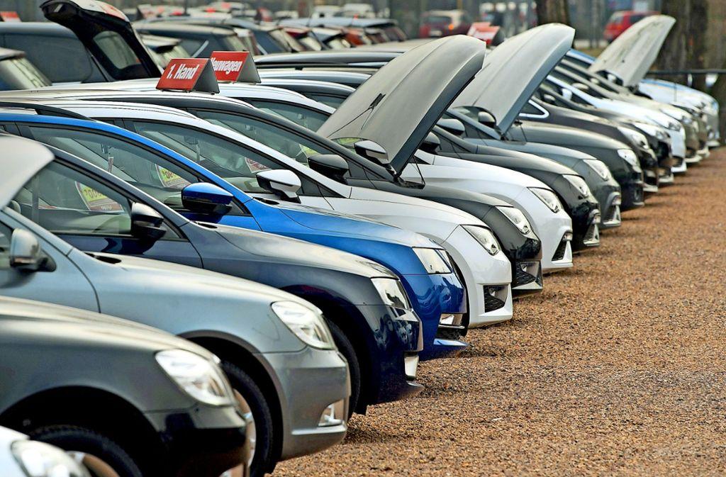 Abschwächung Der Autokonjunktur Erwartet Dunkle Wolken über Dem