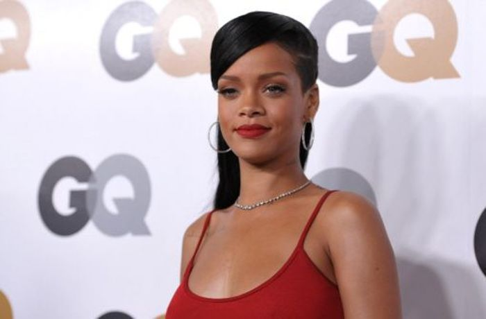 GQ Men of the Year Party 2012: Rihanna gibt die Lady in Red bei der GQ-Party