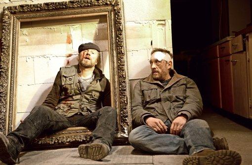 """Es geht wieder zur Sache: Roland Düringer und Josef Hader in """"Das ewige Leben"""".  Foto: Verleih"""
