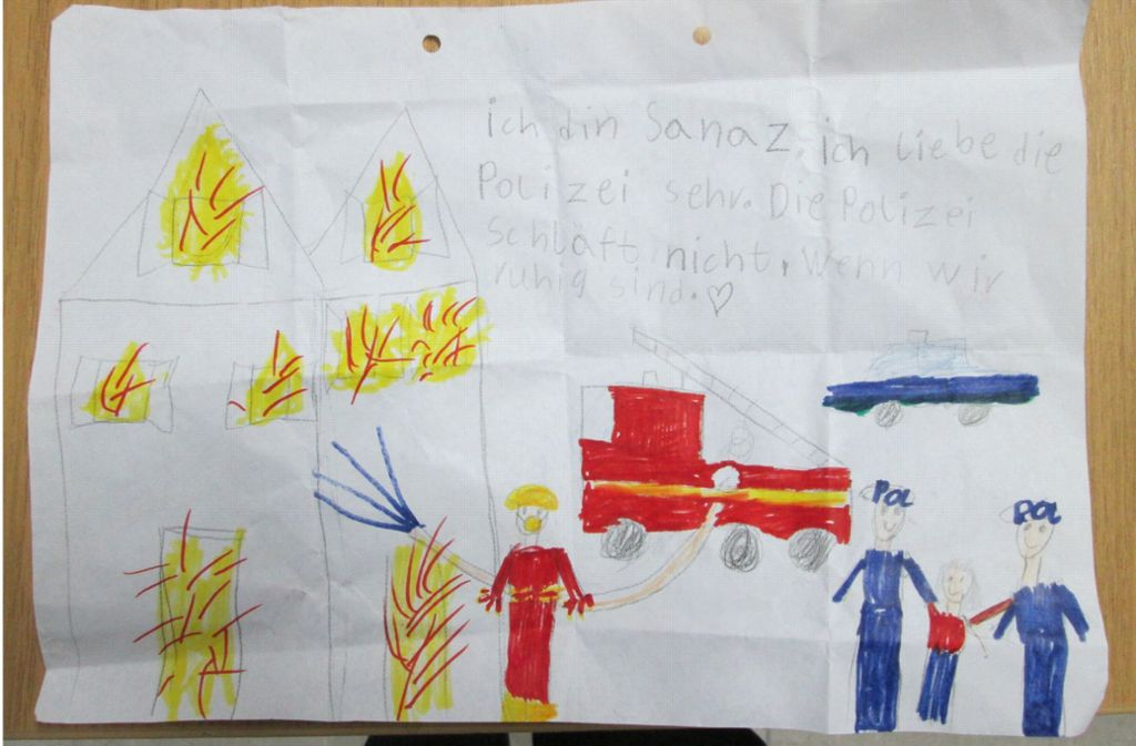Niedersachsen 7 Jähriges Mädchen Malt Ein Danke Bild Für Polizisten