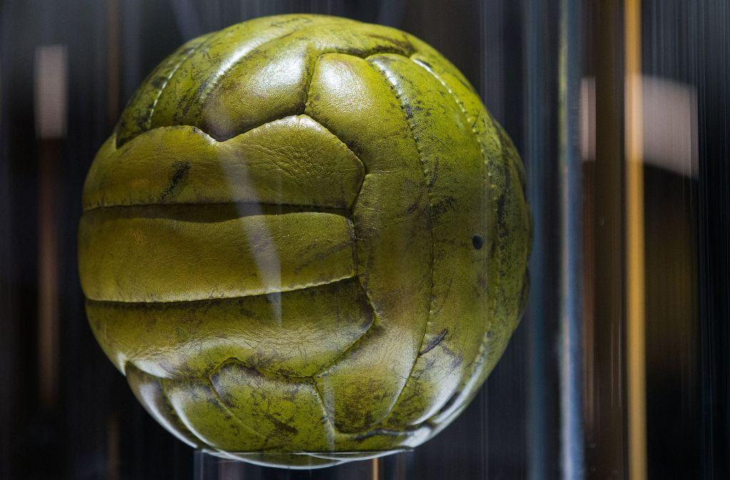 WM Fußball Betrüger zu 2000 Euro Strafe verurteilt: Falsches