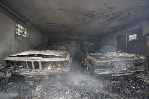 Garagen brand in aspach zwei oldtimer werden raub der