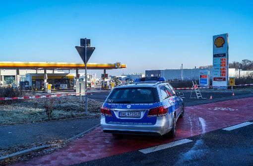 Gas tritt an Tankstelle aus
