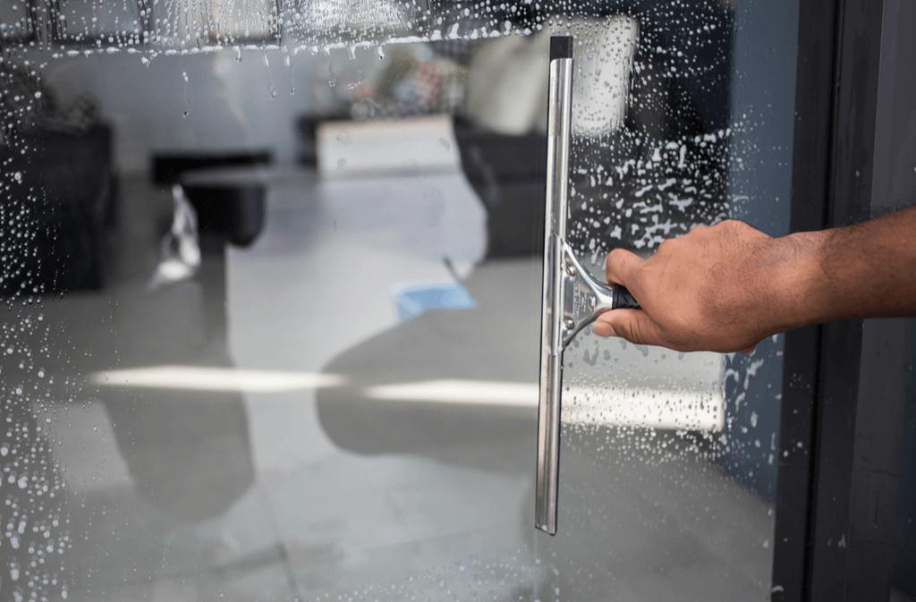 Fenster Putzen Mit Klarspüler (So Funktioniert's