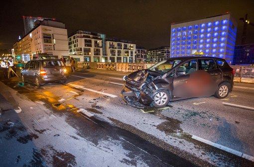 Schwerer Unfall fordert vier Verletzte