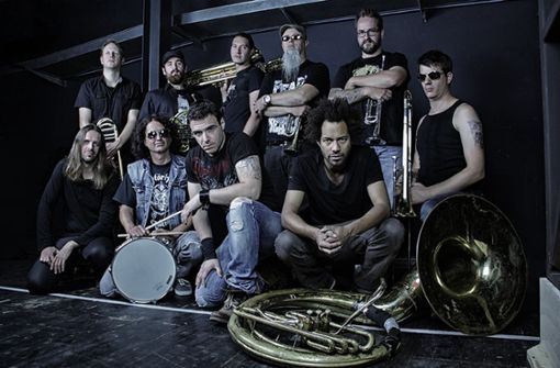 "Bei ""Mamma Mia"" fing alles an: Die  Band   Metal Up Your Brass will zum ""Woodstock der Blasmusik"". Foto: Muyb"