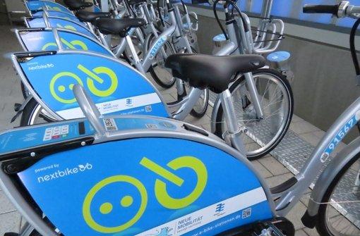 Zehn Pedelecs, also elektrisch verstärkte Fahrräder, können ausgeliehen werden. Foto: Simone Käser