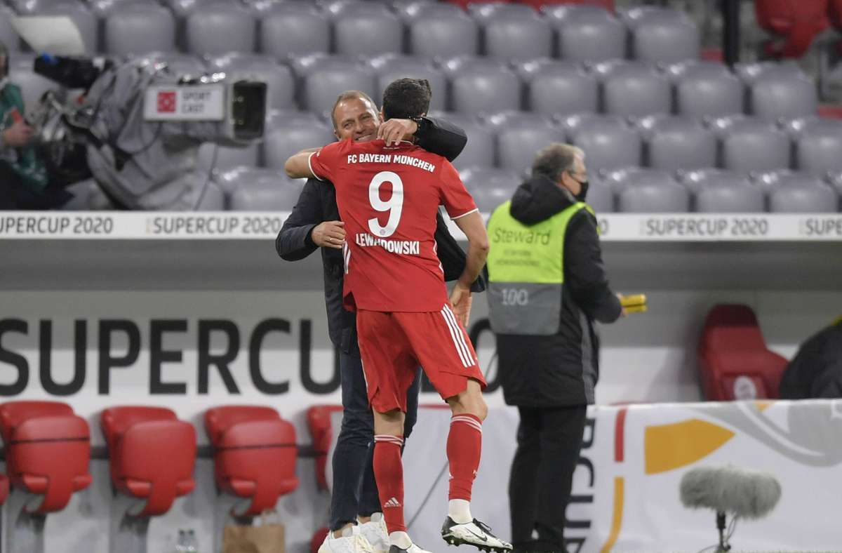 Lewandowski holt sich die Krone - Flick...