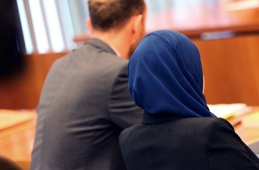Kopftuchverbot für Jurareferendarinnen unzulässig