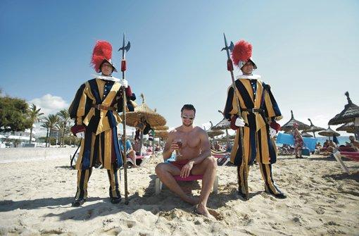 Umfrage ergibt: Deutsche Weltmeister im Strandliegenreservieren
