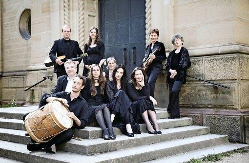 Das Freiburger Barock Consort mit seiner Konzertmeisterin Petra Müllejans (vorne rechts) Foto: Stefan Lippert