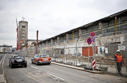 Die Deutsche Bahn benötigt  im Zuge des Projekts Stuttgart 21 auch Grundstücke von Grundeigentümern als Baustellenfläche  oder plant,  diese zu untertunneln. Foto: Peter-Michael Petsch