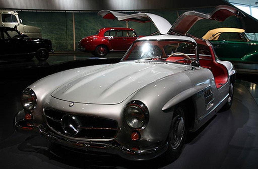 125 jahre automobil eine million menschen feiern das auto. Black Bedroom Furniture Sets. Home Design Ideas