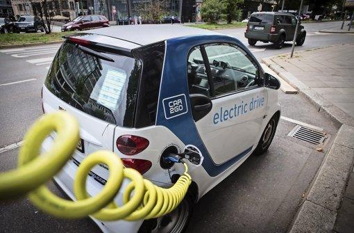 Sie bestimmen das Bild vom Elektroauto in Stuttgart: E-Smart Foto: Lichtgut/Achim Zweygarth