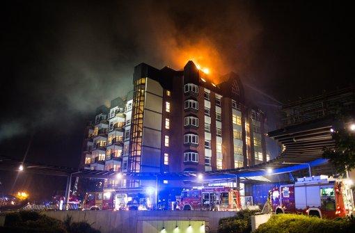 Krankenhaus steht in Flammen