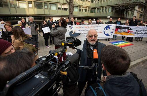 Gericht Schwabische Waffenfirma Muss Millionen Zahlen Mitarbeiter Von Heckler Koch Verurteilt Baden Wurttemberg Stuttgarter Nachrichten