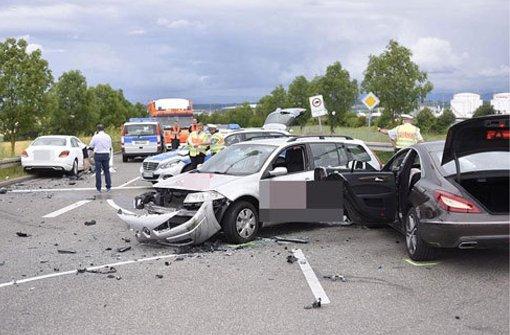 Kreuzungs-Crash fordert vier Verletzte